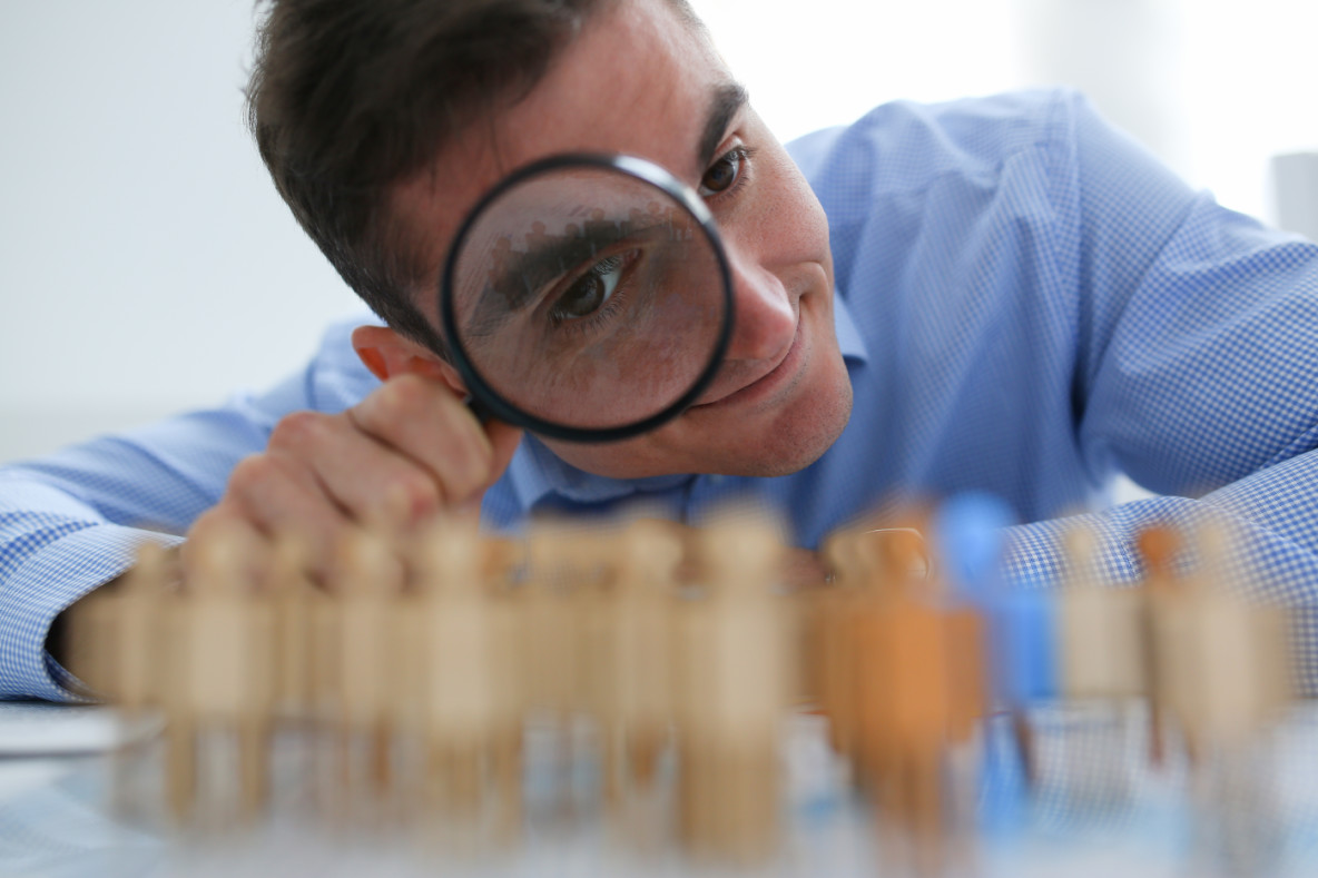 Competitive intelligence: effective methods and popular tools